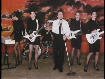 robertpalmer-addicted-to-love.jpg
